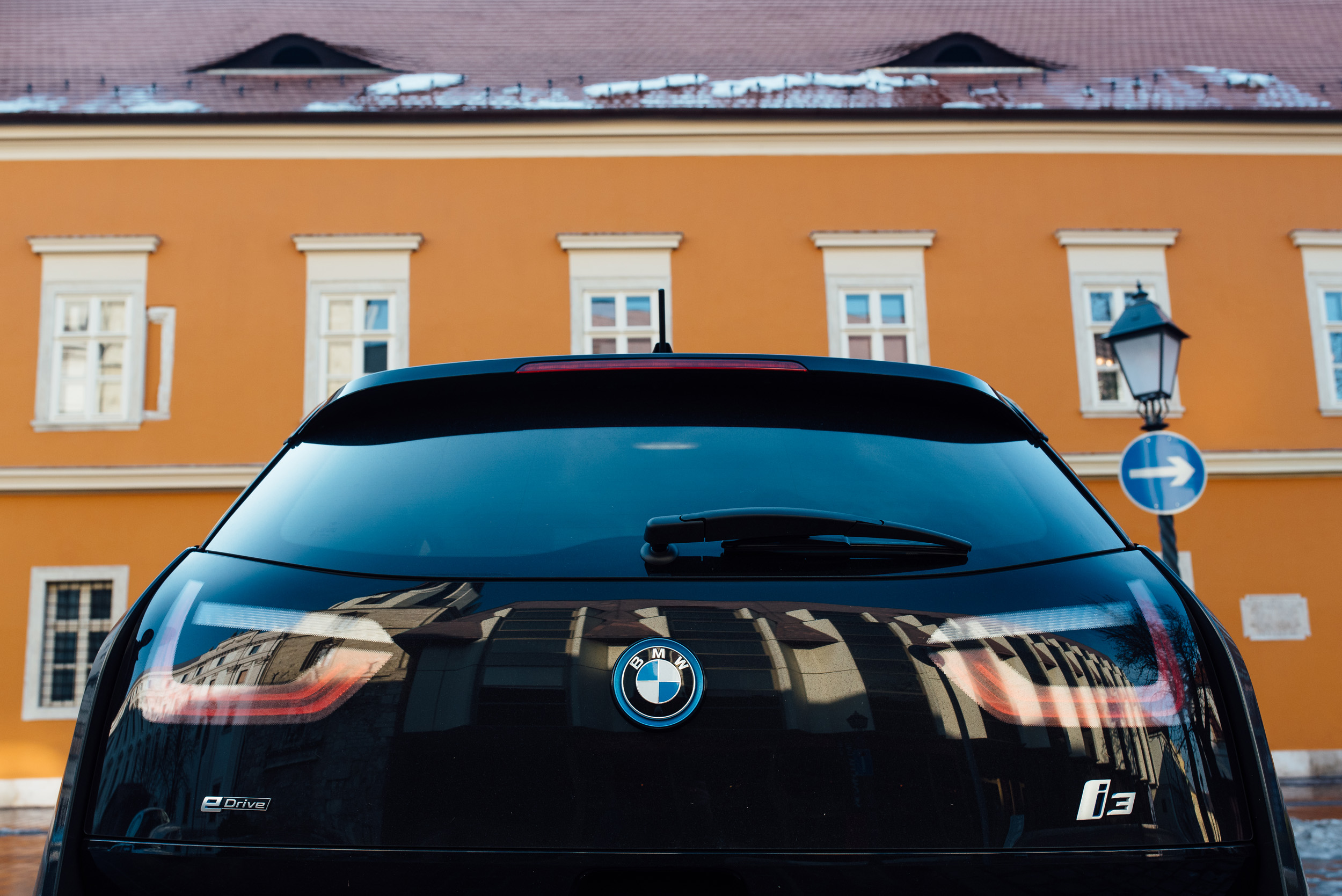 Video The Power Of Electric Vehicles Featuring The Bmw I3