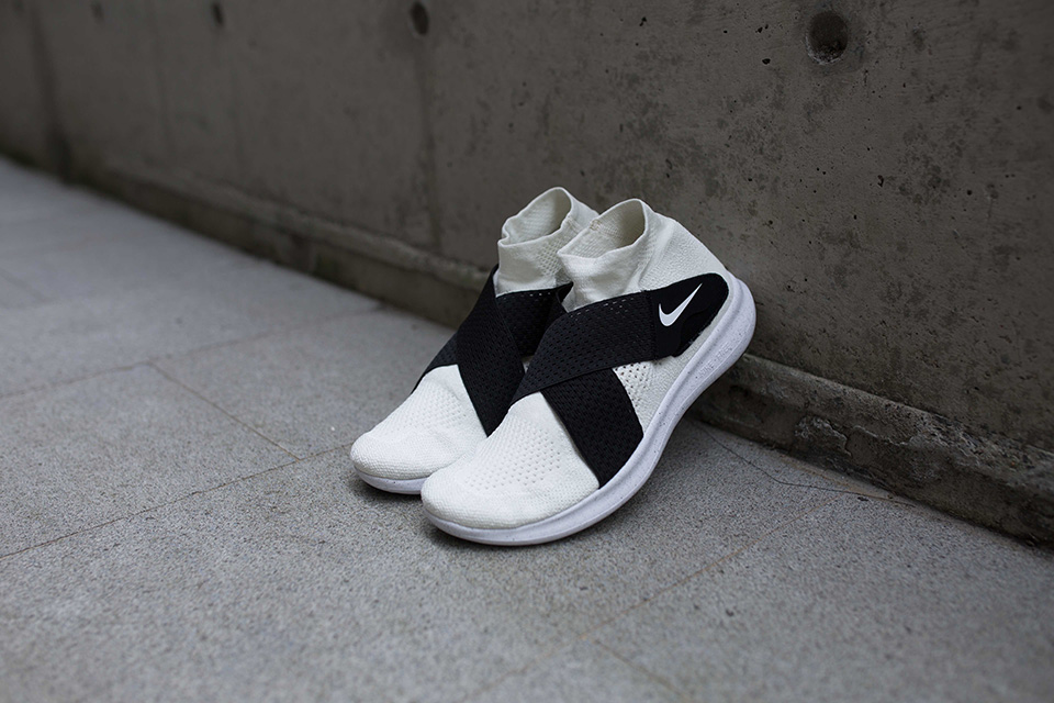f252a71dd401 These are on sale right now on Nike.com for a price of  230 CAD